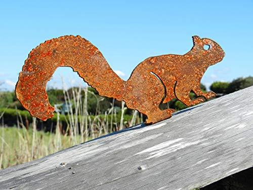 Rusty Metal Squirrel Garden Decor – Rusty Red Squirrel Garden Gift/Squirrel Garden Ornament
