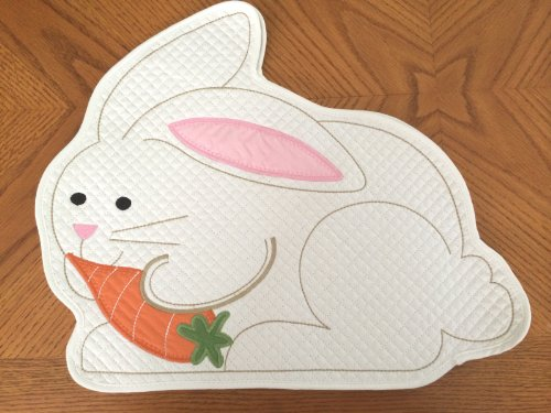 ec-bunPLC4 Set of 4 Easter Bunny Placemats by Cottontail Lane, 100% Cotton Quilted & Appliqued (Appliqued Bunny)