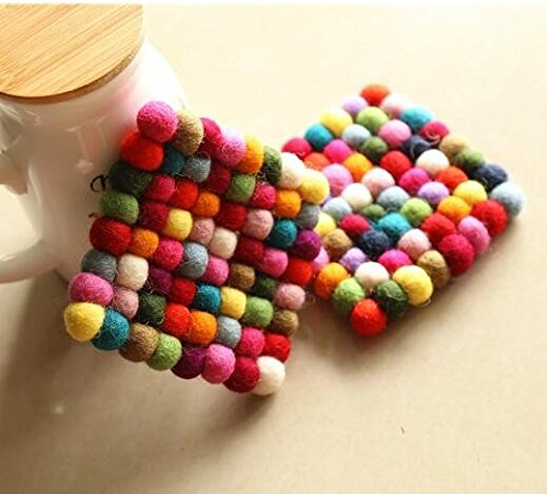 2pcs/lot 10*10*1cm Handmade Wool Felt Ball Trivet Table Heat Resistant Mat Cup Round Coaster