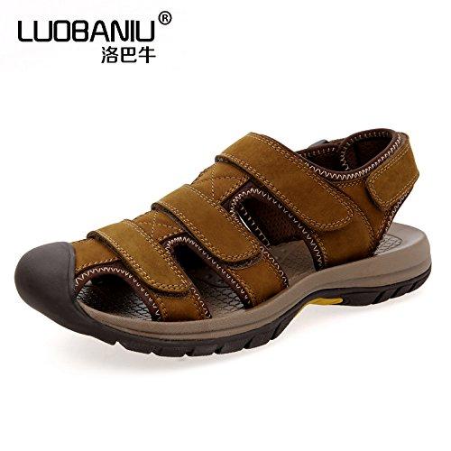Xing Lin Sandalias De Cuero El Nuevo Verano Baotou Sandalias Deportes Y Ocio Zapatos, Zapatos De Hombre En La Primera Capa De Arena ,43, Amarillo Marrón