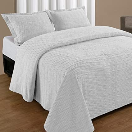 Full White Natick Contemporary Cotton Chenille Bedspread