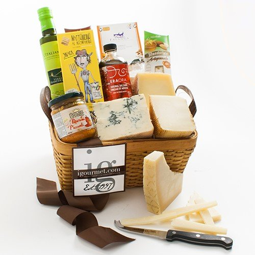 Italian Luxuries Gift Basket (5.7 pound) (Gift Baskets Of Italian Foods)