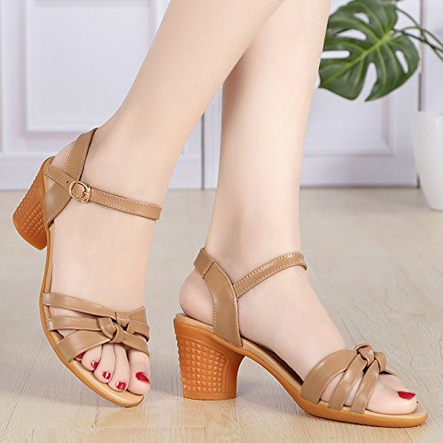 Cuero Hebilla Zapatos Edad De Lady Fondo KPHY Duro Khaki Palabra Verano Mediana De Cool Sandalias Mamá Medio De Suave Tacón Sandalias De Tacon afqC1