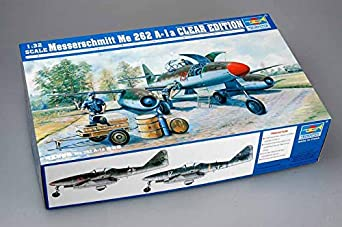 Amazon com: Trumpeter 1/32 Visible Messerschmitt Me262A1a