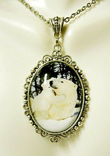 Playful Polar Bear (Playful Polar bears pendant and chain - WAP09-037)