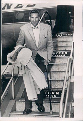 Vintage Photos 1954 Photo Bobby Thomson Man Eastern Air Lines Stair Walking Arrival