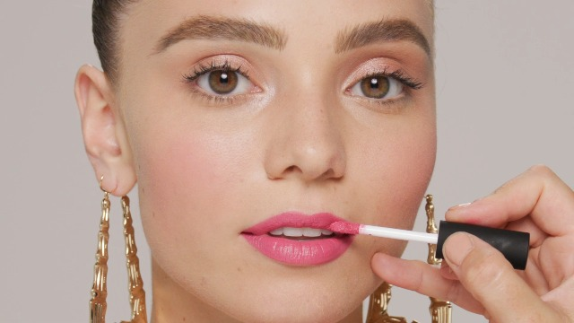 https://railwayexpress.net/product/nyx-professional-makeup-soft-matte-lip-cream-high-pigmented-cream-lipstick-abu-dhabi-deep-rose-beige/
