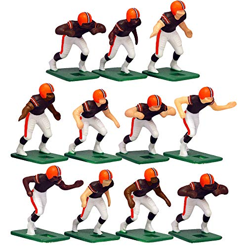 Cleveland BrownsHome Jersey NFL Action Figure Set