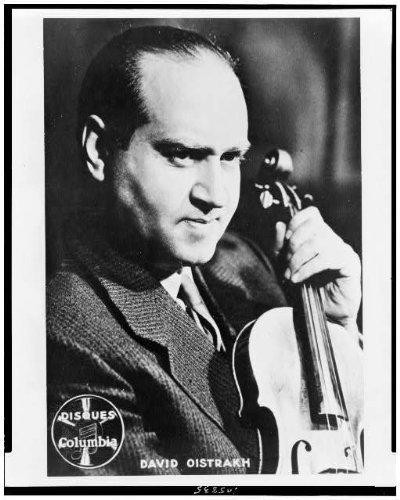 (Photo: David Oistrakh,Soviet classical violinist,musicians,instruments,orchestras,1940 )