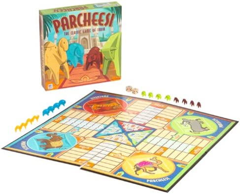 Classic Parcheesi Board Game by Milton Bradley: Amazon.es: Juguetes y juegos