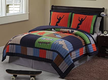 Skateboard Twin Quilt, Sheets U0026 Sham (5 Piece Bed In A ...