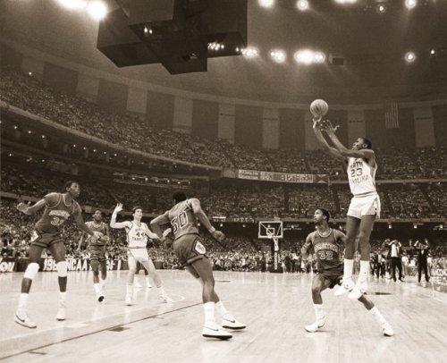 (Michael Jordan Last Shot Celebrity Sports Icon (Basketball) Poster Print)