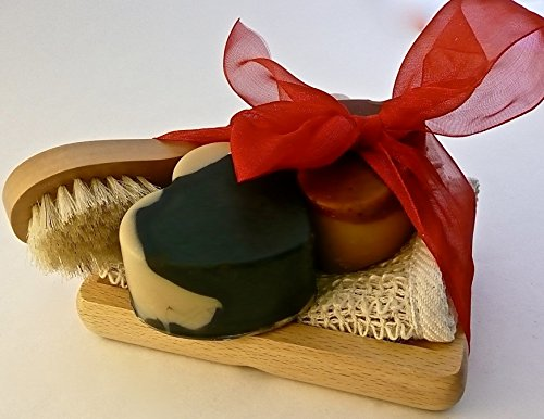 BOGUE Luxury Goat Milk Soap Mothers Day Giftset- Big Soap Hearts of Moisturizing Soaps- Palo Santo and Activated Charcoal & Kaolin Clay detox with Sisal Cloth, Facial Scrubber and Oak Dish -