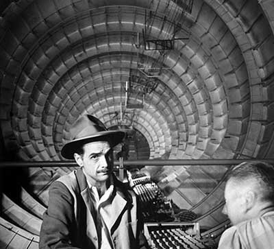 Photo Millionaire Howard Hughes in cockpit Spruce Goose, which he designed and built 1947