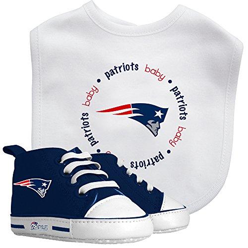 Baby Fanatic Bib with Pre-Walker, New England Patriots ()