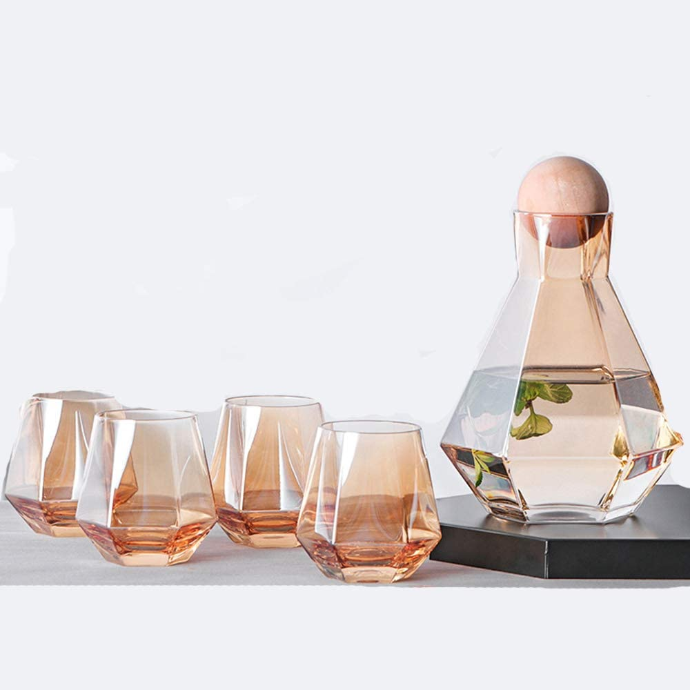 Cold Water Jug, Glass Water Pitcher, Glass Carafe with Wooden Ball Stopper, Fridge Ice Tea Maker, One Set Has1Jug and 4 Cups, Small and Cute, Unique Geometric Hexagon, 14.3 Oz