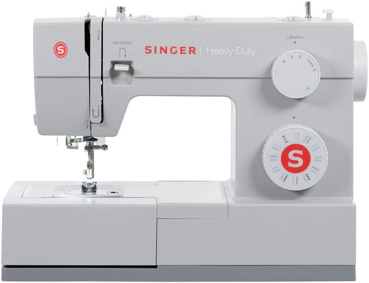Best mechanical sewing machines: Singer | heavy-duty 4423 Sewing Machine with 23 Built-In Stitches