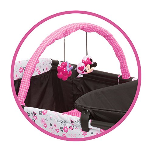 Disney Baby Minnie Mouse Sweet Wonder Play Yard With Carry
