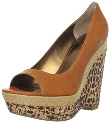 Nine West Women's Matchup Peep-Toe Pump,Natural Leather,9 M US