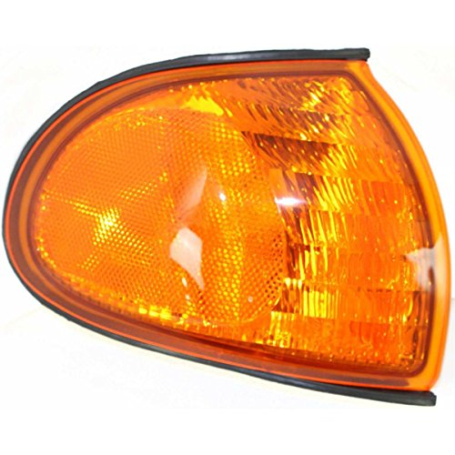 DAT 98-98 FORD WINDSTAR FRONT SIDE MARKER LIGHT ASSEMBLY ALL AMBER LENS CORNER OF FENDER RIGHT PASSENGER SIDE (Ford Windstar Side Marker)