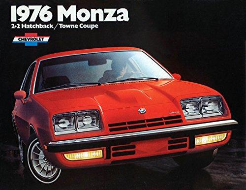 1976 CHEVROLET MONZA 2 + 2 HATCHBACK & TOWNE COUPE VINTAGE COLOR SALES BROCHURE - USA - NICE ORIGINAL !! - Towne Coupe