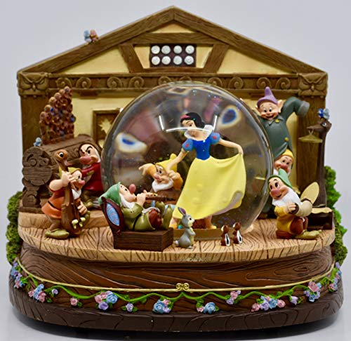 (Walt Disney's - Snow White & the Seven Dwarfs - Large Snow Globe Sculpture - Hand Crafted - Music Box - Rare - Collectible)