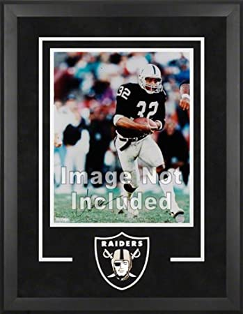 Amazon.com : Oakland Raiders Deluxe 16x20 Vertical Photograph Frame ...