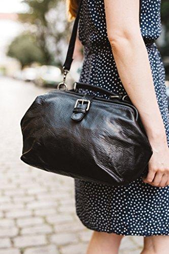 Leather Gusti Black Ladies Bag