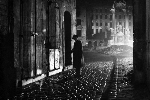 Orson Welles in The Third Man 24x36 Poster iconic b/w image in Vienna - Vienna Images