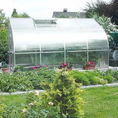 Riga Greenhouse - Riga IV Polycarbonate Commercial Greenhouse Size: 7'8