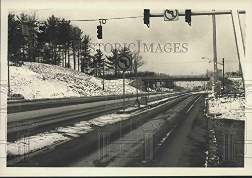 1984 Press Photo Ramp over Western Avenue to Crossgates Mall, Albany, New ()