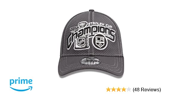 reputable site d77fe c1964 Amazon.com   NHL Los Angeles Kings Official 2012 Stanley Cup Champion  Locker Room Cap, Small Medium   New Era Stanley Cup   Clothing