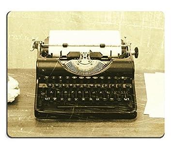 luxlady Mousepads Close Up de una antigua máquina de escribir con papel, diseño vintage de imagen 28129919 personalizada Art ordenador de sobremesa Gaming ...