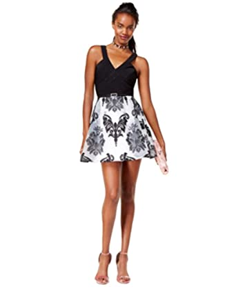 c596f18d0 Amazon.com: Crystal Doll Juniors' Illusion Printed Fit & Flare Dress Belt  (Black White, 3): Clothing