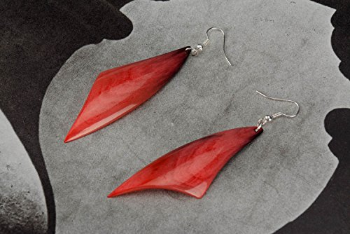 Coral Horn (Earrings Made ??of Horn