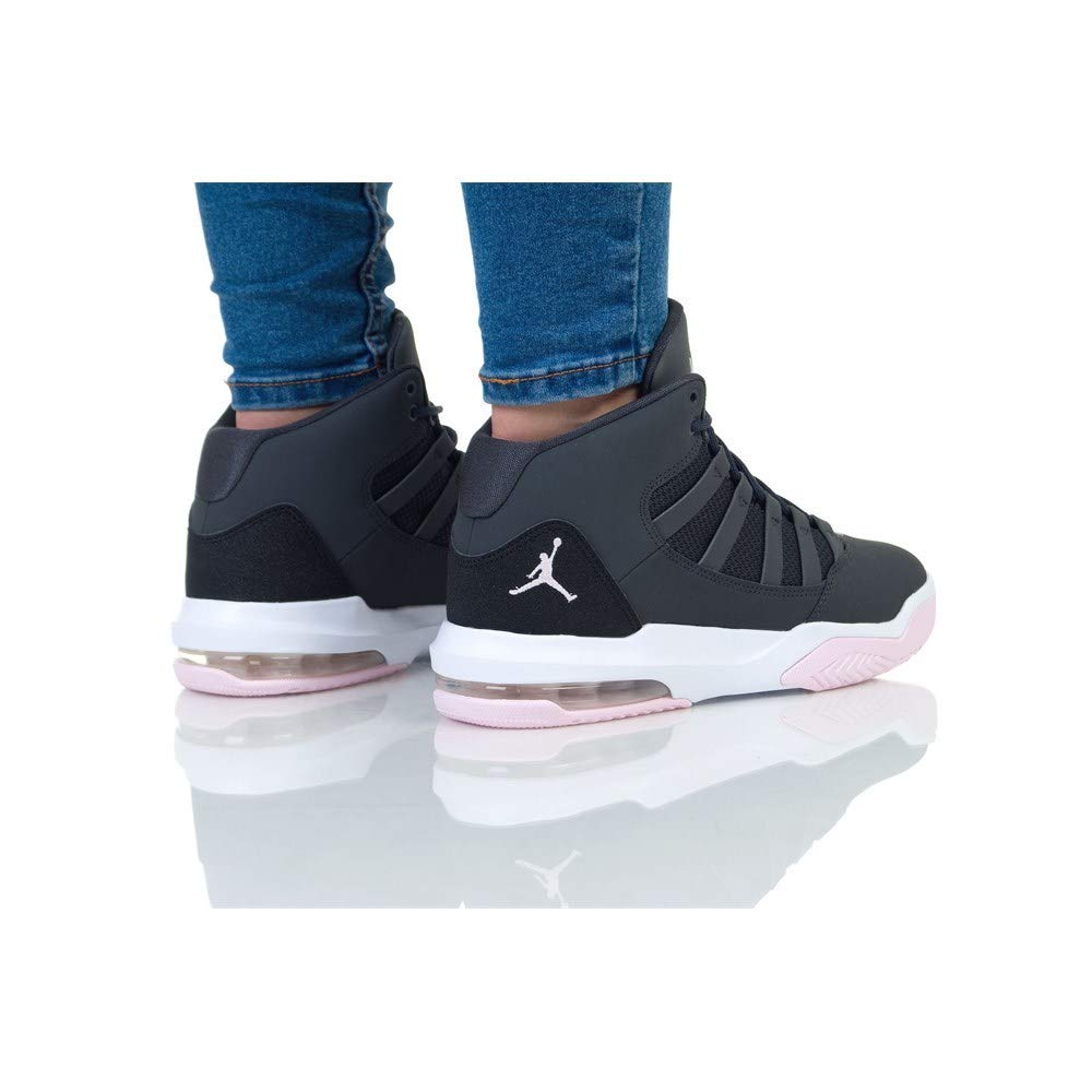 purchase cheap 8c12e 62ed6 Amazon.com   Nike Jordan Max Aura (gs) Big Kids Aq9249-060   Sneakers