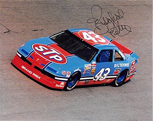 (Richard Petty autographed 8x10 photo (Auto Racing NASCAR) Image #AWR27)