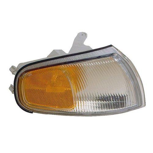 1995-1996 Toyota Camry Corner Park Light Turn Signal Marker Lamp Right Passenger Side (95 96) ()