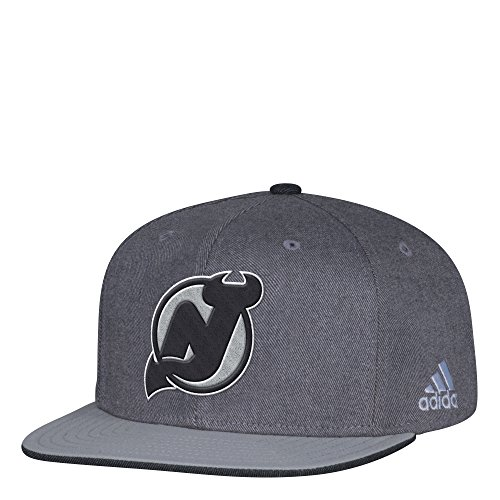 fan products of NHL New Jersey Devils Adult Men Pro Authentic Travel & Training Snapback, One Size, Gray