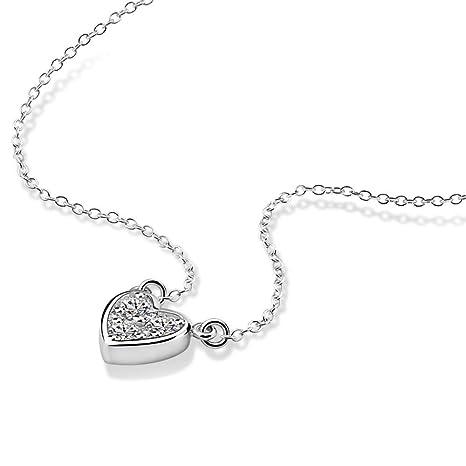 95cba4b8bbeba Amazon.com : QMM necklace Pendant Delicate Heart Charm Choker ...