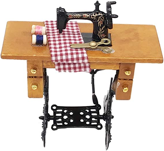 NUOBESTY mini máquina de coser con hilo para muebles de madera en miniatura de 1/12 casas de muñecas: Amazon.es: Hogar