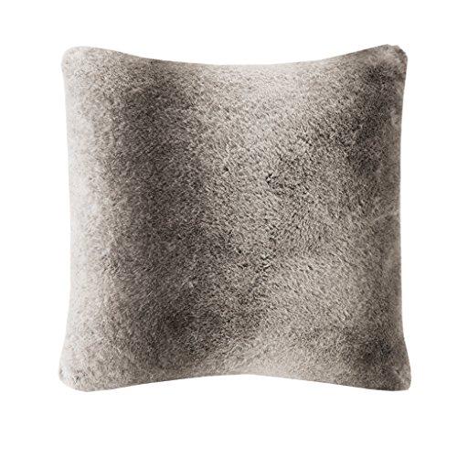 MADISON PARK SIGNATURE MPS30-058 Serengeti Luxury Faux Fur Square Pillow 20x20 Grey