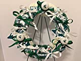 COLLEGE PRIDE - SPIRIT - MSU - MICHIGAN STATE UNIVERSITY - SPARTANS - SPARTY - DORM DECOR - DORM ROOM - COLLECTOR WREATH - GREEN & WHITE CARNATIONS