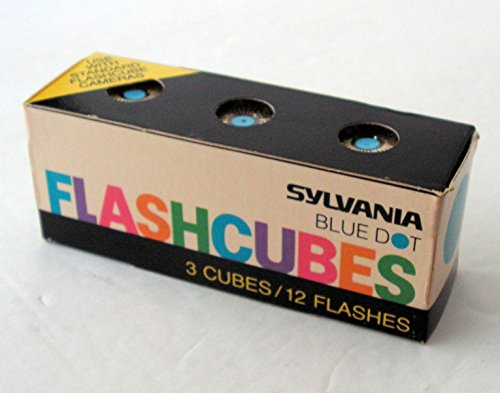 Blue Dot Flash Cubes