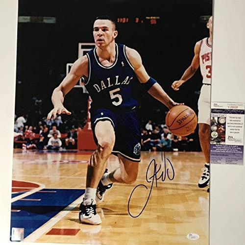 5eaae5f5c Dallas Mavericks Signed Basketball