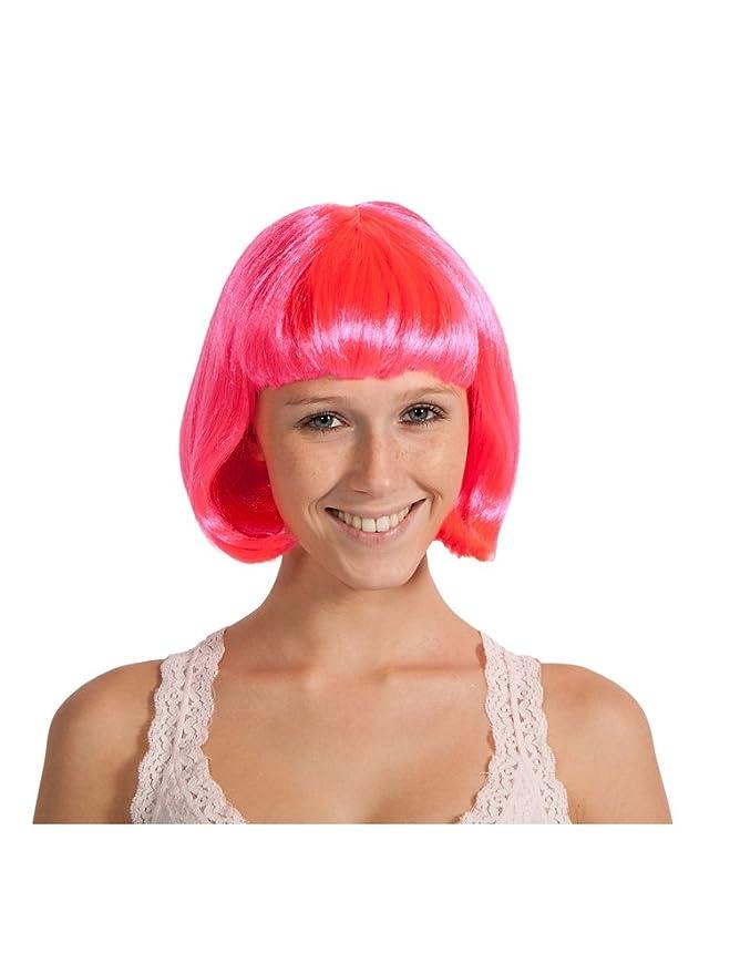 Chica con peluca rosa neón corta para disfraz