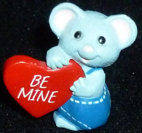 (Hallmark Merry Miniature Valentine's Day Mouse Be Mine Heart Figurine)