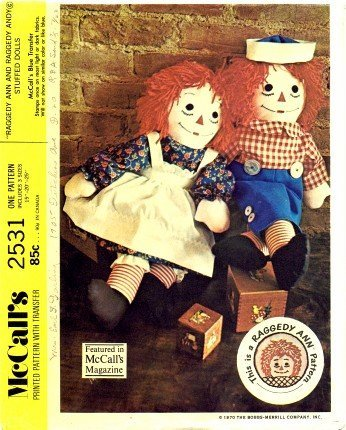 (McCall's 2531 Sewing Pattern Raggedy Ann and Andy Stuffed)