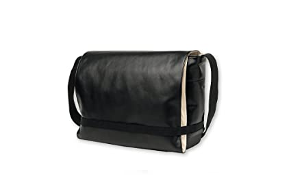 Amazon.com  Moleskine Classic Messenger Bag 2b3448ef3741e