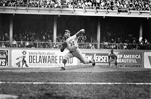Philadelphia Phillies Connie Mack Stadium - Sandy Koufax (1935- ) Nn Sanford Braun American Baseball Pitcher Delivering A Pitch On The Way To Recording His 27Th Win Of The Season In What Would Be The Last Regular Season Game Of His Career A Pen